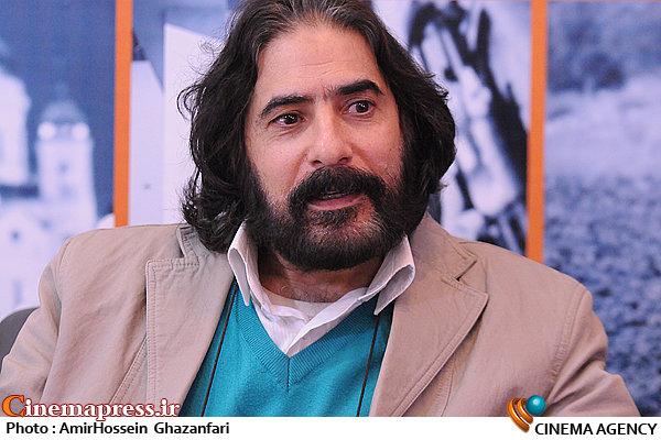 سیفی: اندیشه هایی از آن سوی مرزها جریان فکری و فرهنگی را اداره می کنند انصاف و عدالت در سینمای ایران هیچ جایی ندارد