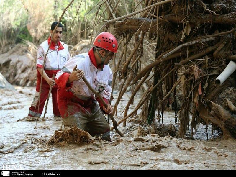 سیلاب چهار جاده خراسان رضوی را مسدود کرد