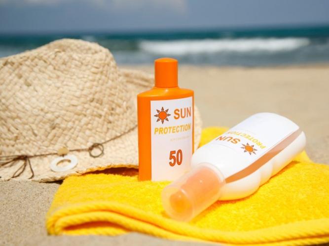 مواد شیمیایی کرمهای ضد آفتاب وارد خون میشود