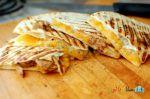 کوسادیلا با پنیر چدار – پیش غذای ساده